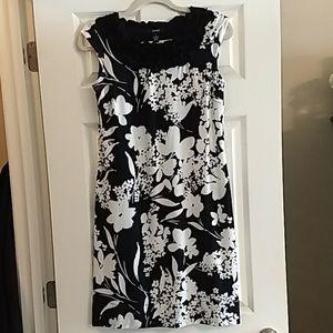 FABULOUS Alfani floral cap sleeve sheath dress S